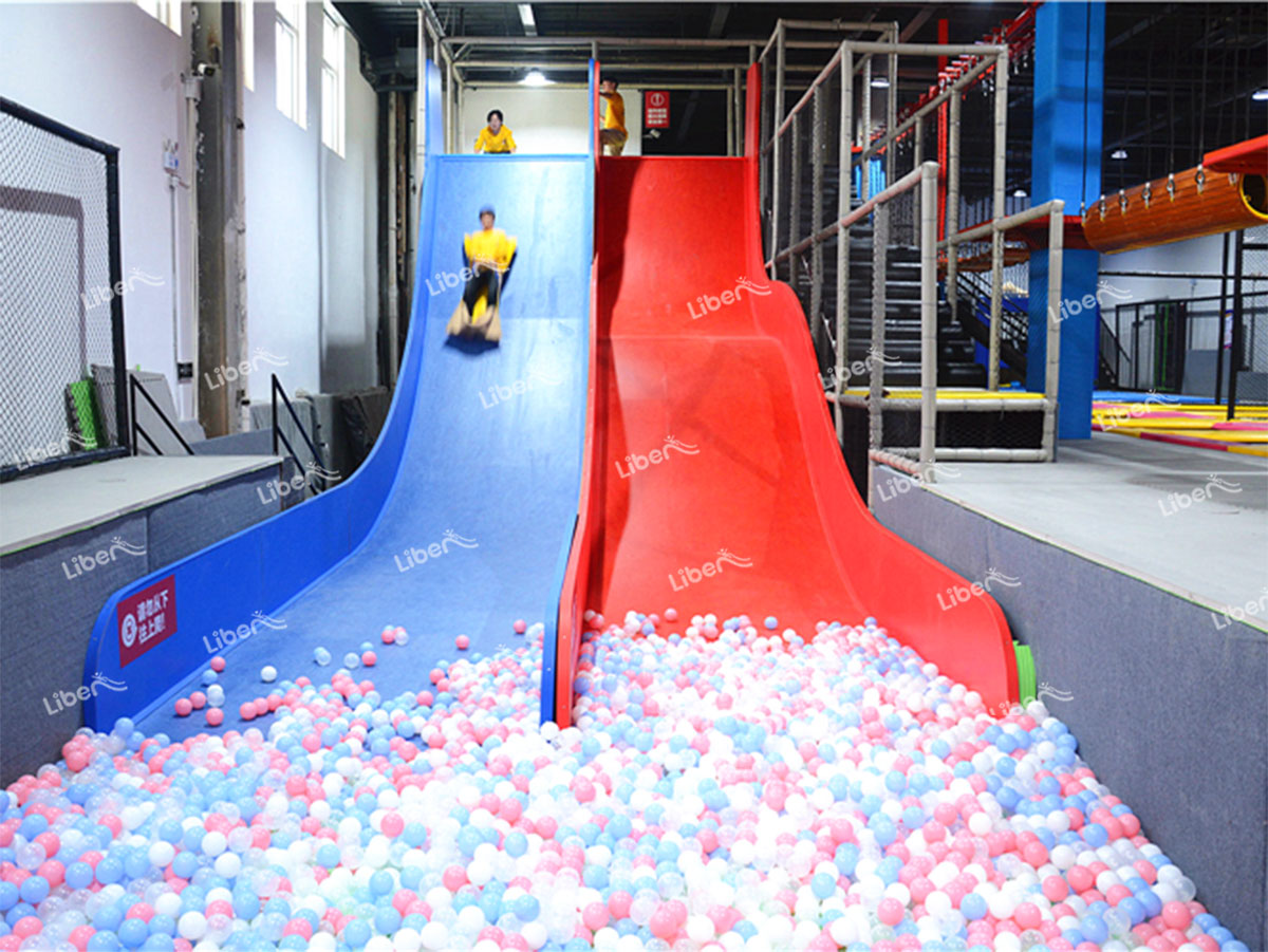 indoor crazy slide-2