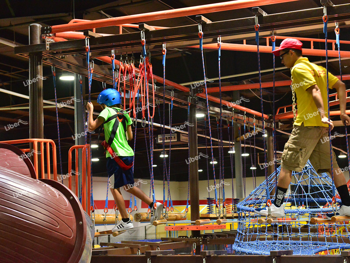 Indoor children's ropes course-2