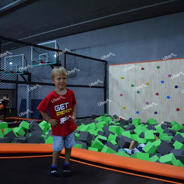 What Kind Of Slide Is Fun In The Trampoline Hall? How To Make A Good Combination Of Equipment?